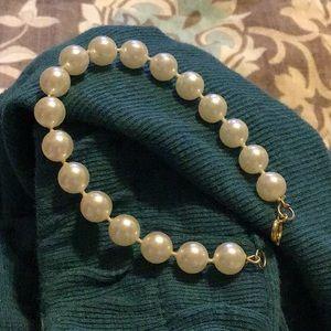 Fashion Pearl Bracelet